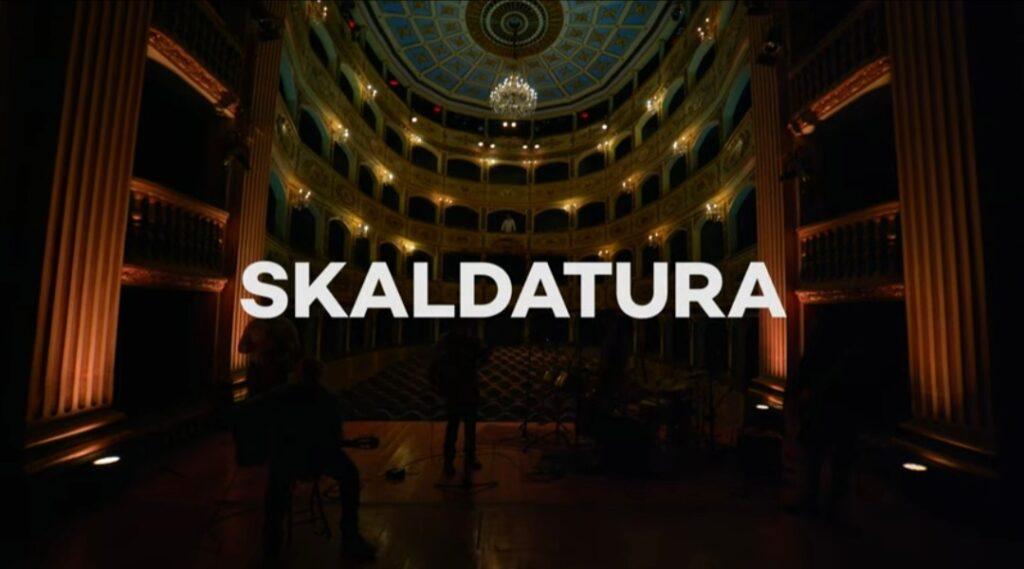 Filmat: Skaldatura – Produzzjoni Mużikali mżewqa b'Xogħol Letterarju ta' Trevor Zahra